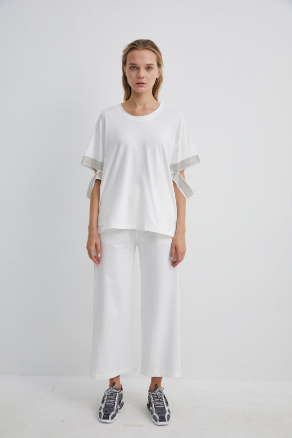 White Cotton T-shirt with Diamante Detailing | TPWH0007 - White